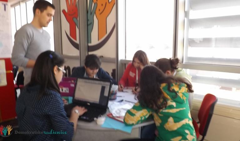 """Radionica 54 VI-c OŠ """"Štampar Makarije"""" Podgorica 24.12.2012."""