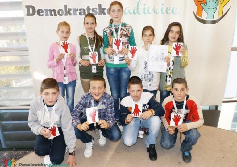 """Radionica 264 VI-2 OŠ """"Janko Kontić"""" Nikšić 11.12.2013."""