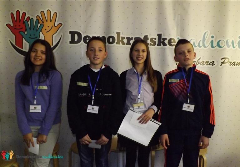 """Radionica 728 VII-3 OŠ """"Luka Simonović"""" Nikšić 22.12.2015."""